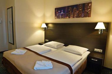 Hotel 01